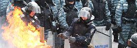 """Justiz bestätigt drei Tote in Kiew: Janukowitsch warnt Ukrainer vor """"Radikalen"""""""