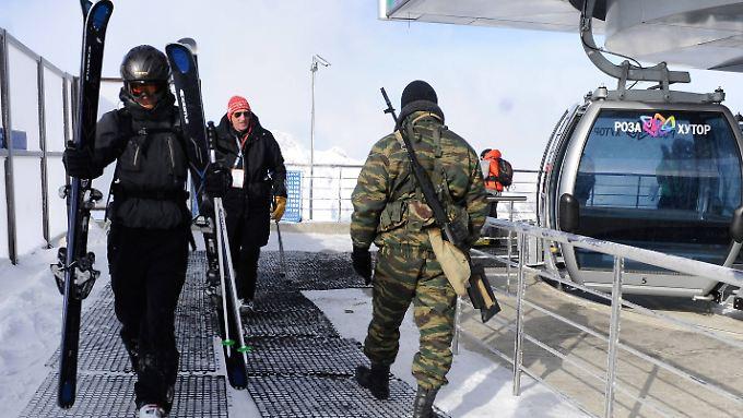 Scharfschützen neben Skifahrern: Sotschi wird schon jetzt scharf bewacht.