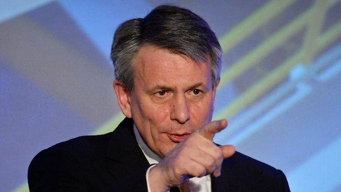 Shell-Boss Ben van Beurden hat viele Probleme auf dem Tisch.