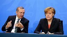 Besuch des türkischen Ministerpräsidenten: Erdogan will mehr Hilfe von Deutschland
