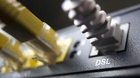 Angreifer mit krimineller Energie können gezielt in die Router eindringen - und das innerhalb weniger Minuten.