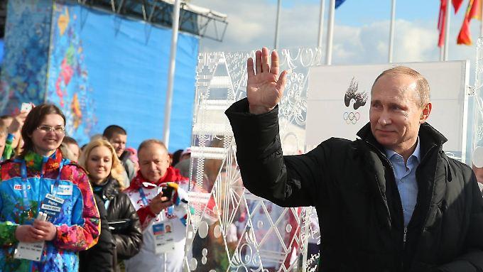 Sotschi gehen als Putin-Festspiele in die olympische Geschichte ein. Das lässt Putin Russland einiges kosten.