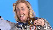 Das erste Gold der Spiele hatte sich am Morgen US-Snowboarder Sage Kotsenburg gesichert.