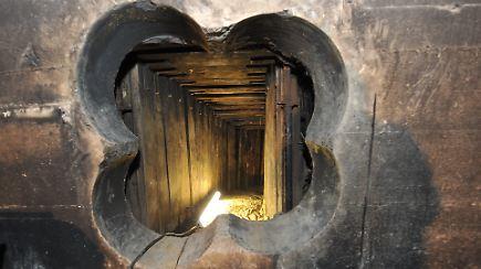 bankraub in berlin steglitz tunnel gangster nutzten sicherheitsm ngel n. Black Bedroom Furniture Sets. Home Design Ideas