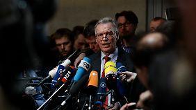Innenausschuss soll Affäre aufklären: Wer warnte Edathy?