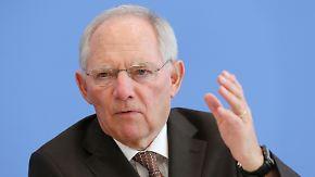 """Nur ein """"Schönwetterhaushalt""""?: Schäuble will 2015 ohne Schulden auskommen"""