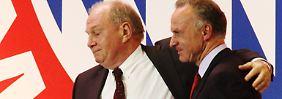 Freiheitsstrafe für den Patron Uli Hoeneß: Der FC Bayern schweigt und berät