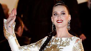 Promi-News des Tages: Katy Perry verschenkt Elektroautos