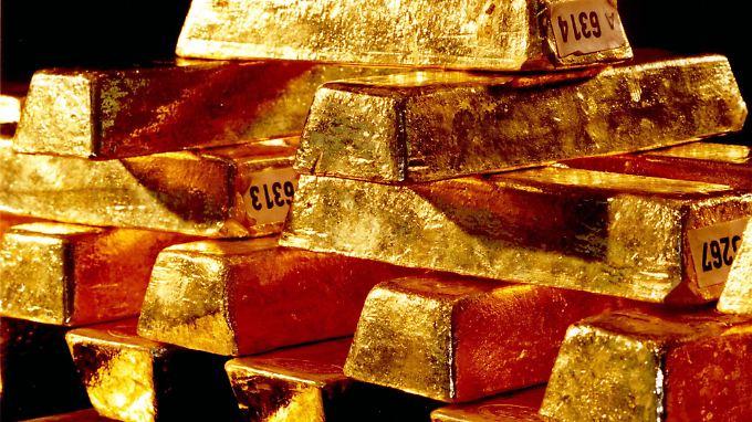 Krisenbarometer Gold: Die Nervosität rund um die Espirito-Krise treibt vorsichtige Anleger ins Edelmetall.