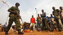 """""""Kein Zusehen"""": EU schickt Soldaten nach Zentralafrika"""
