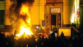 Unruhen im Osten der Ukraine: Experten machen sowohl Russland als auch Westen verantwortlich