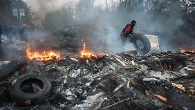 Kein Einlenken in Ost-Ukraine: Merkel macht Russland für Unruhen verantwortlich