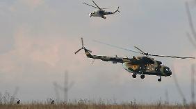 Verletzte und Tote in Ost-Ukraine: Kiew startet Militäreinsatz gegen prorussische Separatisten