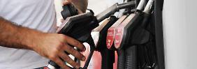 Am frühen Abend am günstigsten: Benzinpreis schwankt weniger als gedacht