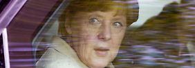 Merkel wird in Kürze auch noch mit Obama telefonieren.