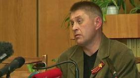 Inspektoren festgenommen: Milizenführer vermutet Spion unter OSZE-Beobachtern