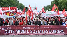 Mindestlohn ohne Ausnahmen: Hunderttausende auf Mai-Kundgebungen