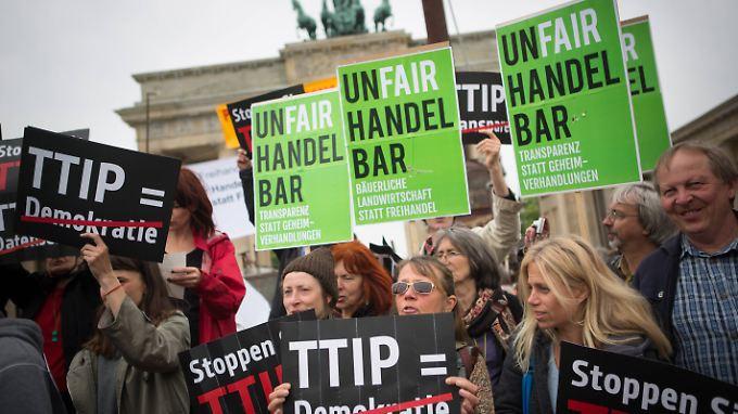 Protest gegen TTIP: Die Gefahren sind viel größer, als viele Bürger wissen.