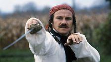 """Er spielte in """"Die Duellisten"""" (Bild), dem ersten großen Film von Ridley Scott, in """"Buffalo Bill und die Indianer"""" neben Paul Newman und in """"Thelma & Louise""""."""