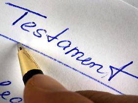 Das Testament bestimmt die Erben und soll Streit verhindern. Doch nicht immer gelingt das.