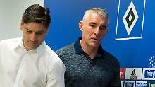 Sinnbildlich für die schlechteste Saison der Vereinsgeschichte: Manager Oliver Kreuzer, links, hier mit Trainer Mirko Slomka.