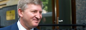 Die Hoffnungen vieler Ukrainer ruhen auf Rinat Leonidowytsch Achmetow.