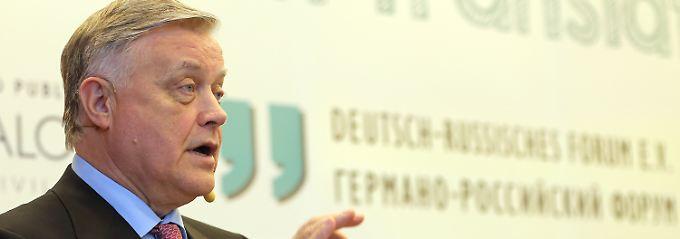 Jakunin lobt indirekt die Führungsstärke seines Präsidenten.