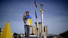 Wahlen im Kriegsgebiet: Jazenjuk ruft Ukrainer zur Geschlossenheit auf