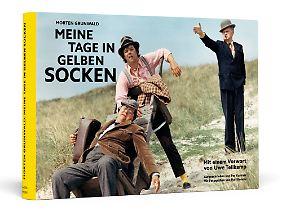 """Morten Grunwalds """"Meine Tage in gelben Socken"""" ist im Verlag Schwarzkopf & Schwarzkopf erschienen."""
