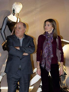 Zara-Gründer Amancio Ortega mit der Spanischen Prinzessin Letizia.
