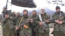 Dschihadisten aus Deutschland bei der Ausbildung in Terrorlagern im pakistanischen Grenzgebiet.