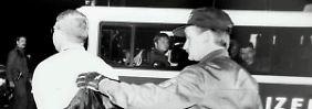 Brandt bei einer Festnahme 1995.