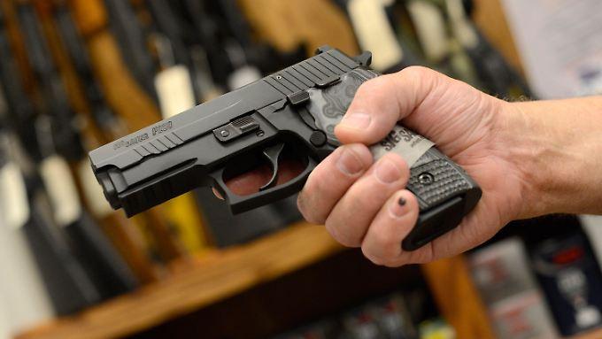 Eine Pistole von Sig Sauer.