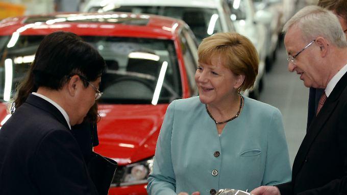 Kanzlerin auf China-Reise: Merkel fordert weniger Hürden für deutsche Firmen