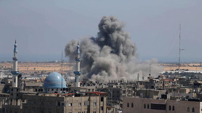 Zeichen stehen auf Krieg: Raketen auf Tel Aviv, Luftangriffe auf Gaza