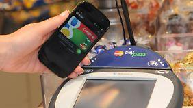 Ein so genanntes PayPass-Gerät zur elektronischen Zahlungsabwicklung.
