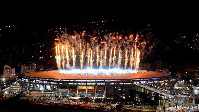 Feuerwerk in Brasilien nach dem Finale - kleines Feuerwerk auch an der Börse für das Adidas-Papier.
