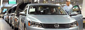 Der VW Passat verkauft sich in den USA immer schlechter. Nun investiert Volkswagen in den US-Markt.