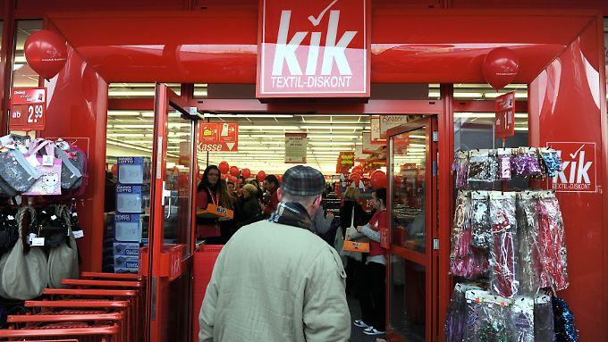 Kik war der Hauptabnehmer der Kleidung aus der Textilfabrik in Pakistan, die im September 2012 in Flammen aufging.