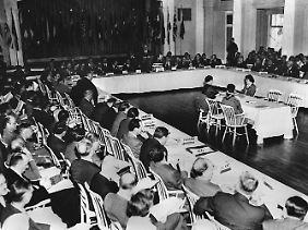 Tagungsraum in Bretton Woods. Es ist die Geburtsstunde des Internationalen Währungsfonds.