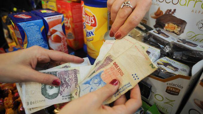Die Landeswährung Peso könnte durch eine Zahlungsunfähigkeit Argentiniens unter Druck geraten.