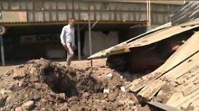 n-tv Reporter Emmerich in Donezk: Tiefe Krater zeugen von Luftangriffen