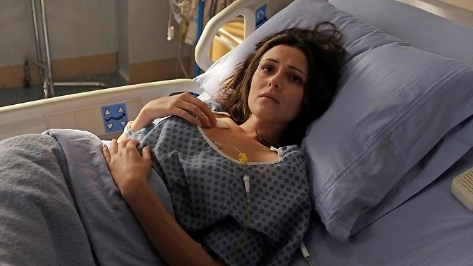 Italia Ricce als April Carver - das Schicksal ist ein mieser Verräter.