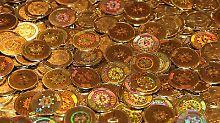 Bitcoins gibt es seit 2009, sie werden vor allem bei Geschäften im Internet angewendet und sollen Geldwirtschaft unabhängig von Zentral- und Geschäftsbanken möglich machen. Foto: bitcoin.org