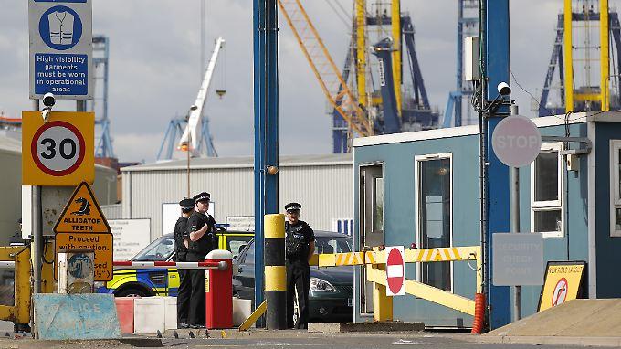 Beim entladen eines Containers stießen Hafenarbeiter auf Flüchtlinge.