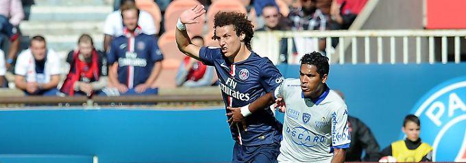 Brandao (r) - hier noch während der Partie gegen Paris St. Germain.