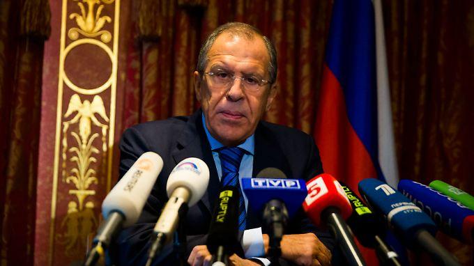 Gesprächsbereitschaft, die mit Seitenhieben gegen die Kiewer Regierung verknüpft ist: Sergej Lawrow.