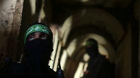 Die Qassam-Brigaden, der militärische Arm der Hamas, verstecken sich in den verbliebenen Tunneln des Gazastreifens. Ihr Kommandeur ist Mohammed Deif.
