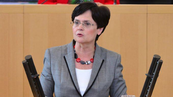 Thüringens Regierungschefin Lieberknecht (hier bei einer früheren Debatte) beklagt Staatsversagen im Fall NSU.