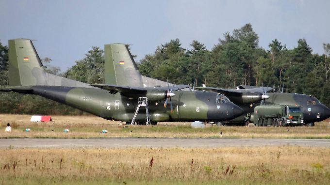 Transall-Maschinen auf dem Fliegerhorst Hohn in Schleswig-Holstein: Nur 21 von 56 sollen komplett einsatzfähig sein.